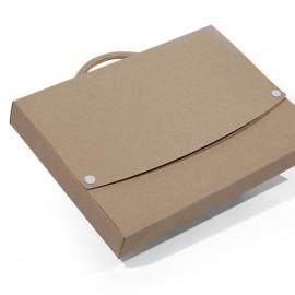17-530 Valisette en carton personnalisé